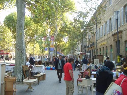 aix en provence - Antikacılar Sokağı Kapatmış