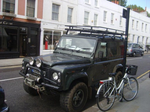 Land Rover Defender 90