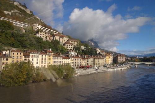 Grenoble (25)
